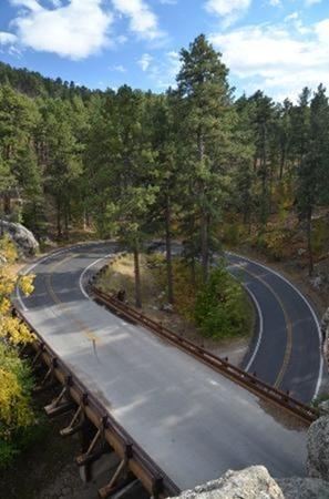iron-mountain-road curve